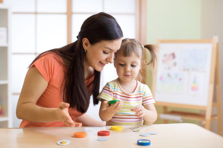 Flexibilidad cognitiva: enseñar a los niños a cambiar de perspectiva y a seguir la corriente