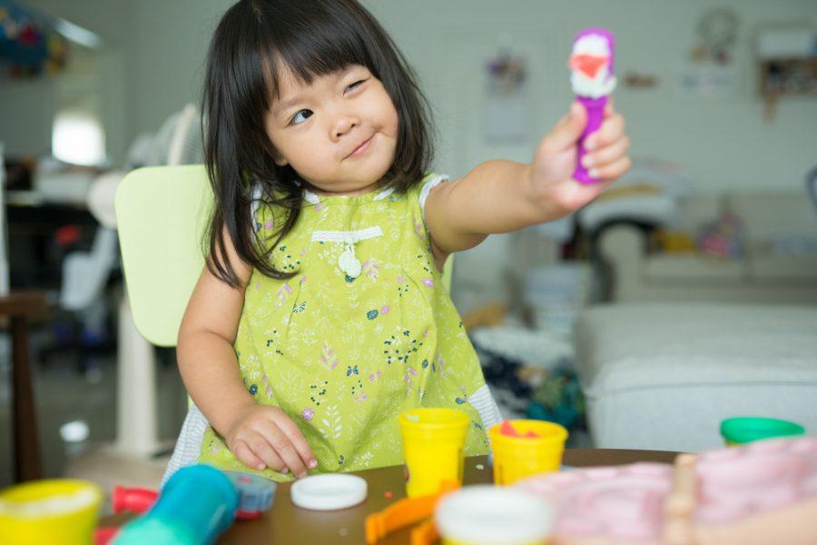 4 tipos de juego: ¿Cómo juega tu niño hoy en día?