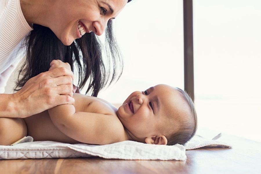 No Solo Una Cara Bonita – También Tengo Personalidad – Un vistazo a tu bebé de dos meses