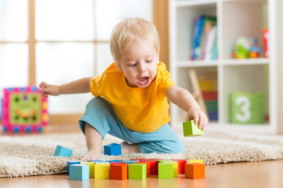 Por qué los bloques son un juguete fundamental