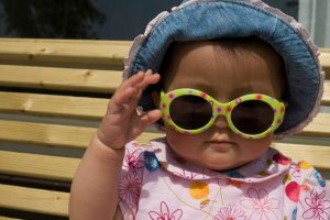 Protecting baby toddler from the sun