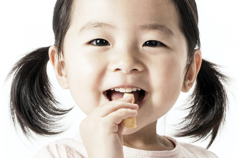 Toddler Snacks: Why They're Important & How to Keep Them Healthy